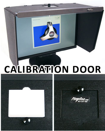 Example of a calibration door on a Monitor Hood.