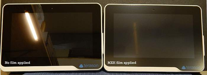 MXH Anti-glare film applied to the right screen.